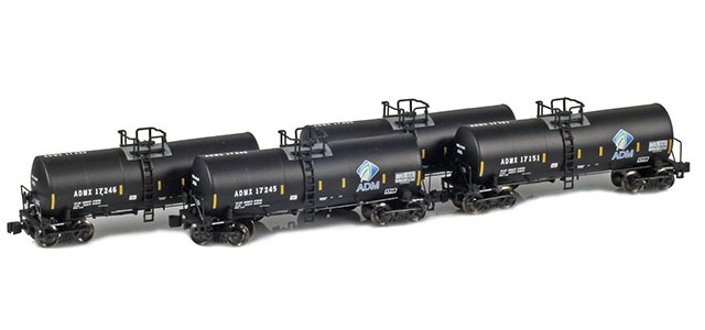 AZL 903801-1 ADMX, ADM (w/ Leaf Logo & Conspicuity Stripes) 17,600 Gallon Tank Car Runner Pack