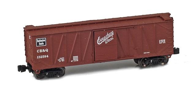 AZL 903104-1 40' CB&Q Outside Braced Boxcar #132584