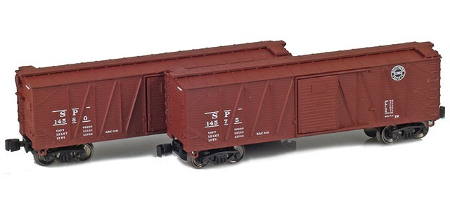 AZL 903173-1 40' Southern Pacific Outside Braced Boxcar | 2-Car Set