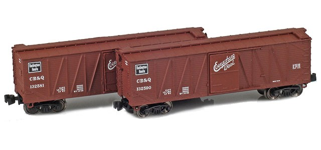 AZL 903174-1 40' CB&Q Outside Braced Boxcar | 2-Car Set