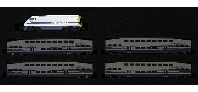 AZL 6003-1 Metrolink F59PHI #884 | Locomotive Only