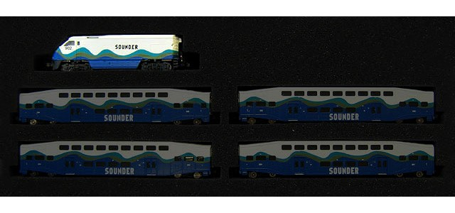 AZL 6005-1 Sounder F59PHI #902 | Locomotive Only