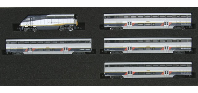 AZL 7001-1 F59PHI Amtrak California Full Set | California Cars #2011