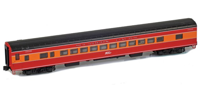 AZL 73747-0 SOUTHERN PACIFIC Coach Daylight Logo Lightweight Passenger Car