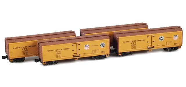 AZL 900801-3 40' PFE Wooden Reefer Set UP/SP Logo On Both Sides | Set 3