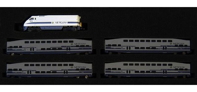 AZL 6003-1 Metrolink F59PHI #884   Locomotive Only