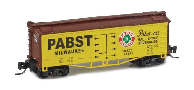 Father Nature FN-5013 Pabst 33' Wood Side Reefer URTC #23333