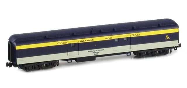 AZL 71645-2 C&O Heavyweight Baggage Car RAILWAY EXPRESS AGENCY #266