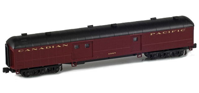 AZL 71641-4 CANADIAN PACIFIC Baggage #4327