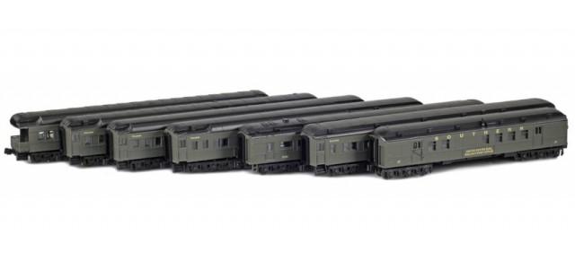 AZL 70006-Crescent SOUTHERN Crescent Limited Set   7-Car Set